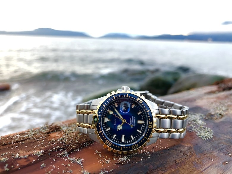Momentum watch by water