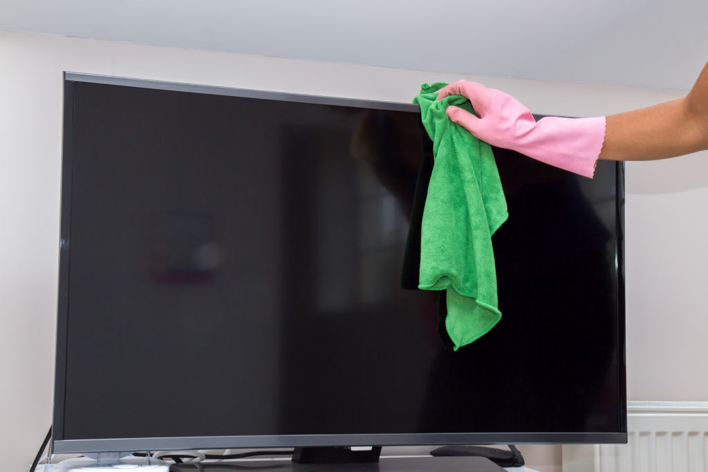 How to Clean Your TV Screen 1